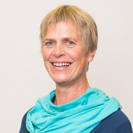 Alexandra Rosmus; Psychosomatische Medizin, Medizinische Hypnose